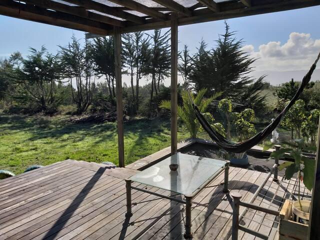 Bella casa con vista al mar y excelente ubicación