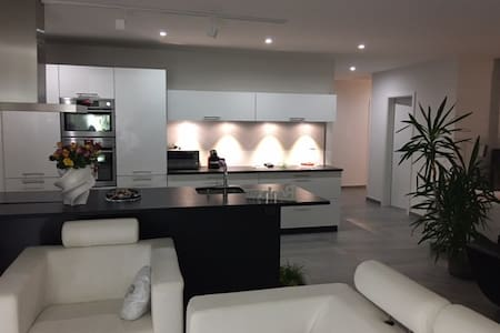 Attique - Design - 135m2 - Porrentruy - Byt