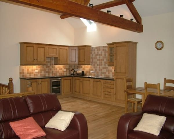 SYCAMORE COTTAGE, Ormside, Nr Appleby, Eden Valley - Ormside - Talo