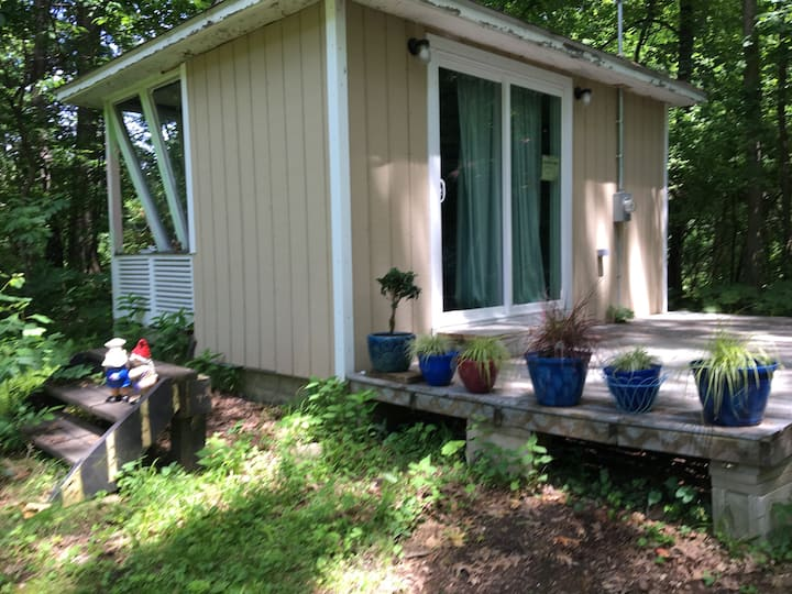 Private Cottage in Gated Nudist Community