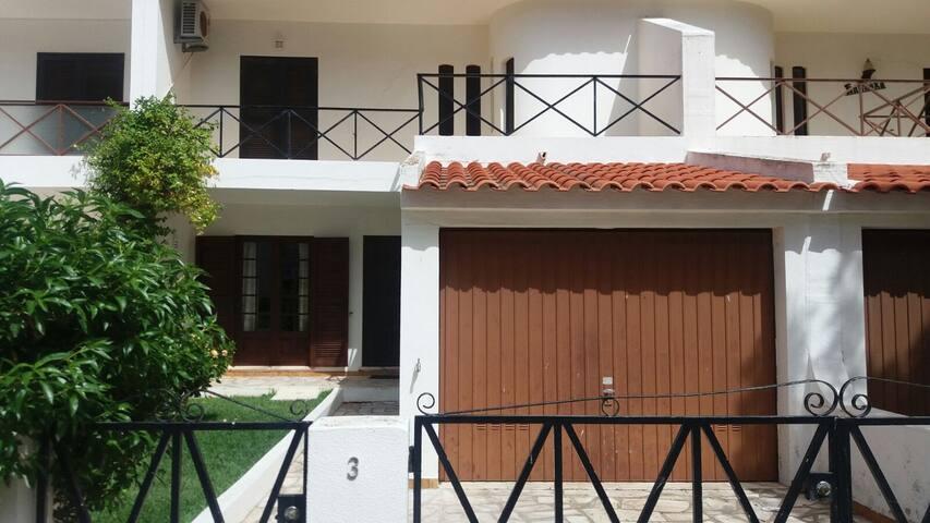 Rota do Sol - Casa de praia - Altura - Hus