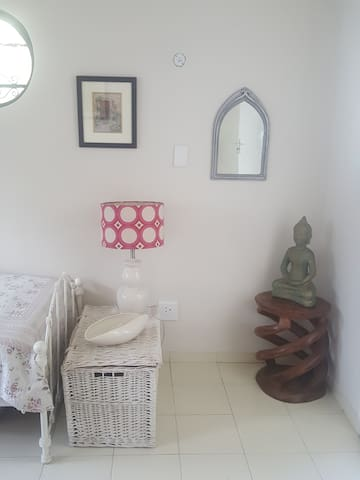 Modern Cottage in the heart of Melville - Johannesburg - Talo