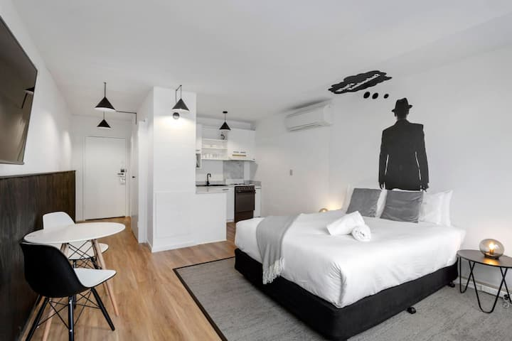 Funky Studio Apartment in the heart of South Yarra