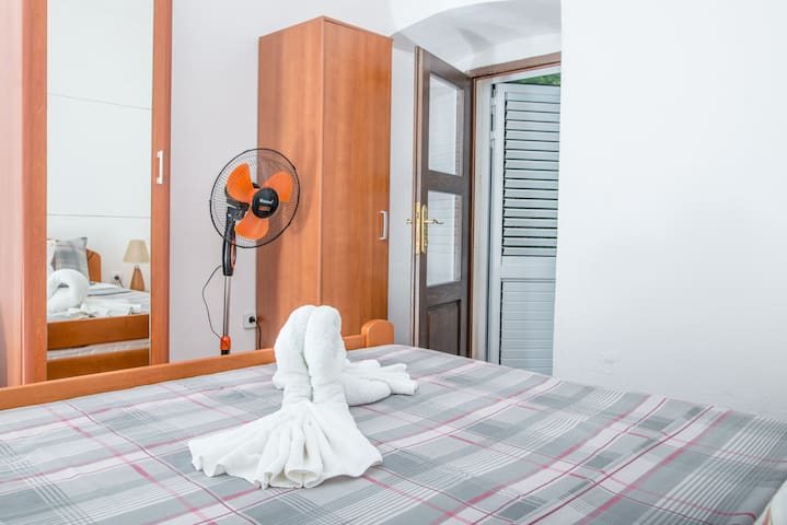 House double room with door to private terrace