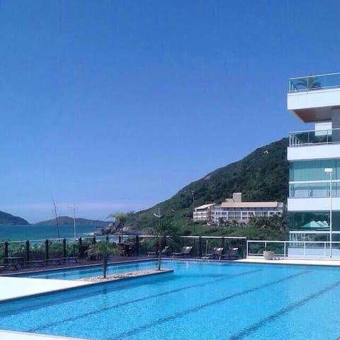 Melhor condomínio na melhor praia de Florianopolis