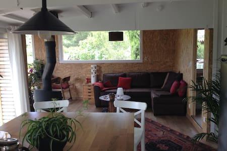 Maison en pleine nature à 10 min de Montpellier - Pignan - Cabaña