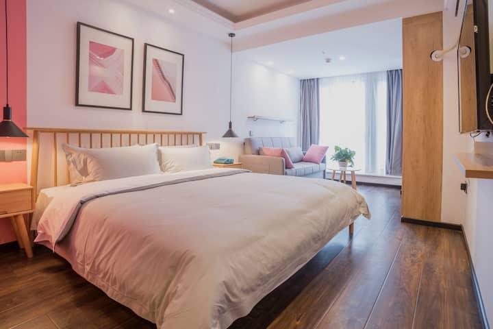 北站北广场简约舒适的公寓