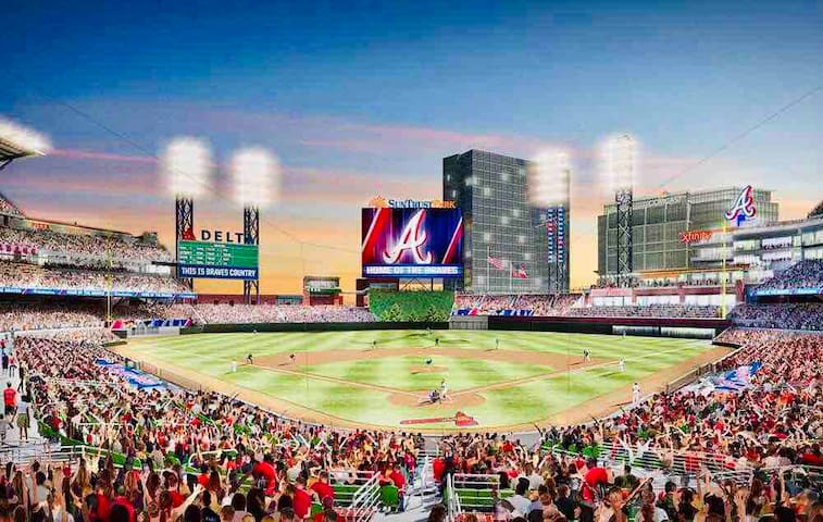 Fun ATL Braves APT! Walk 2 SunTrust Park! Sleeps 7