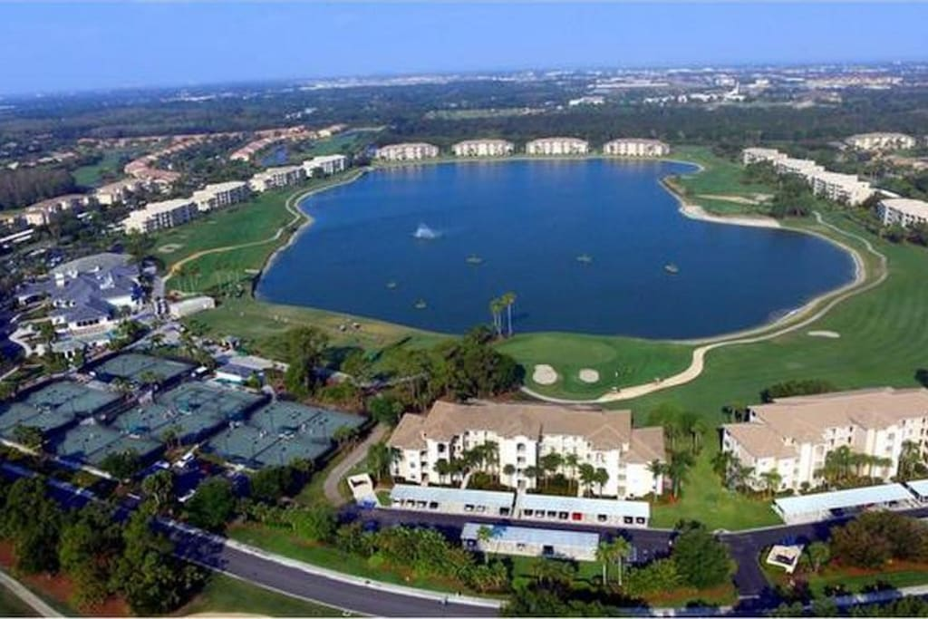 Aerial View of central Lake, Heritage Palms