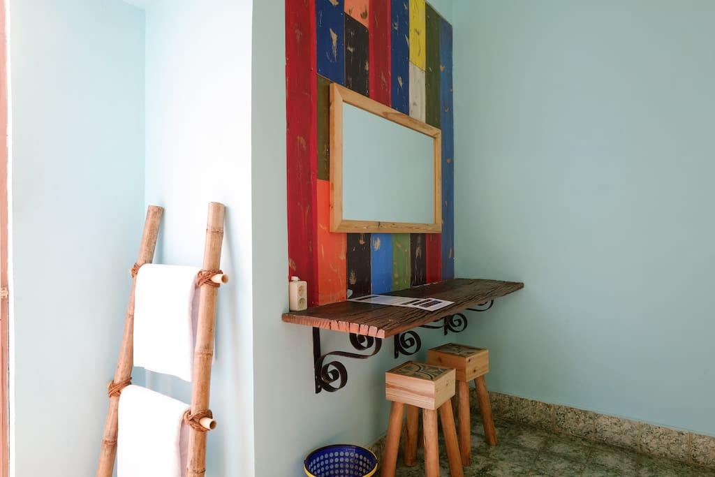 Nakula room inside