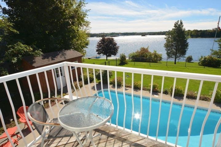 4 Season Luxury Home, Chemong Lake - Omemee - Cabaña