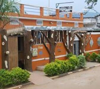 Casa Del Turista Bed & Breakfast - Mbale - 住宿加早餐