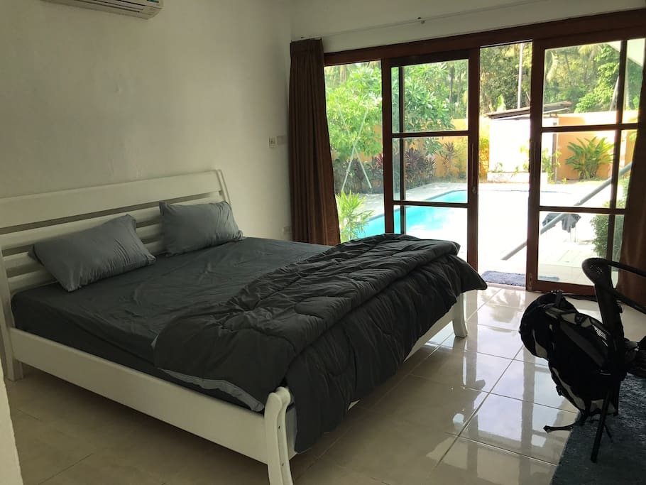 Private Bedroom with double bed and bathroom