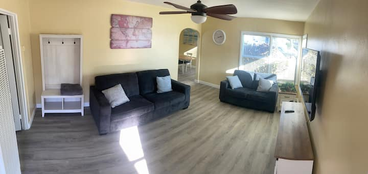 3 bedroom home only a short 10min walk to  beach!