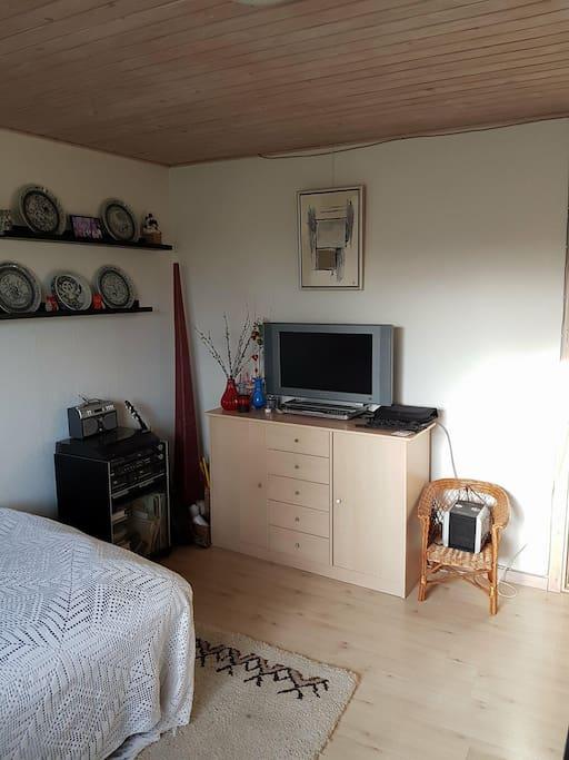 TV på værelset / room