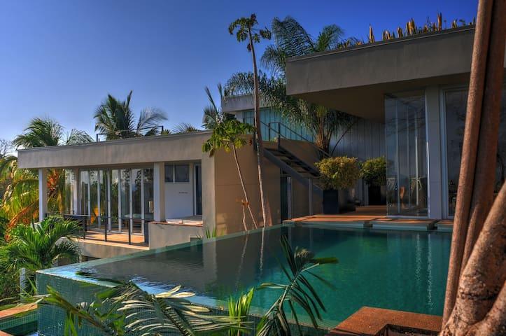 Stunning Villa! Infinity Pool & Concierge Service! - Emerald Woods - Villa