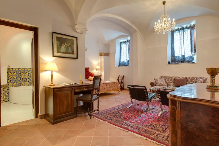 Sant'Anastasio Room Signorile