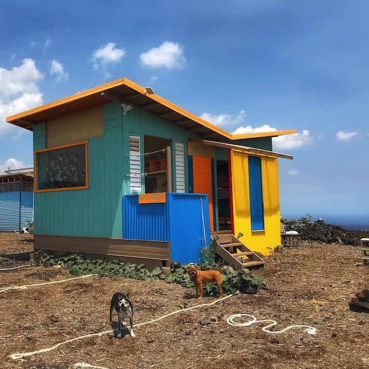 Ocean View Eco-Friendly Bunkhouse / Hostel #2