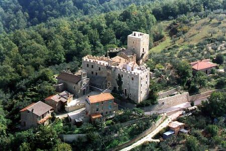 """Appartamento """"La Vallata"""", Castello di Cisterna - Gualdo Cattaneo - Byt"""