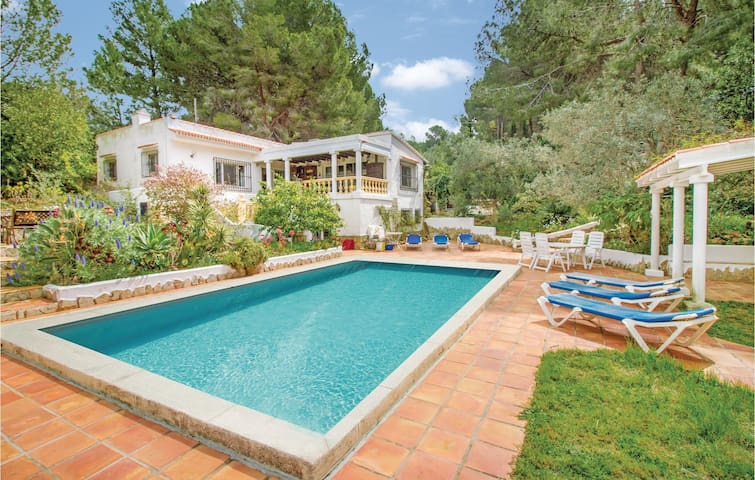 Holiday cottage with 3 bedrooms on 93m² in Jesús Pobre