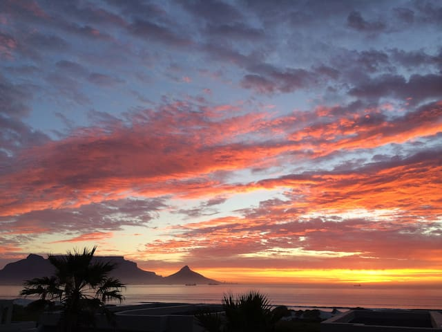 windSong, Dolphin Beach, Cape Town, South Africa