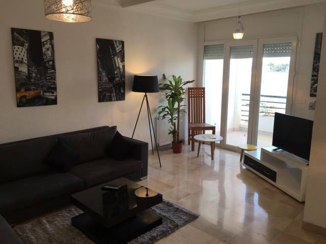 Cosy beautiful apartment in secure residence!!! - Soukra - อพาร์ทเมนท์
