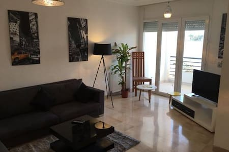 Cosy beautiful apartment in secure residence!!! - Soukra - Leilighet