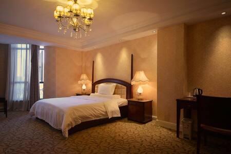 碧尤蒂酒店公寓红谷滩秋水广场旁第一街区E座豪华大床房 - 南昌市