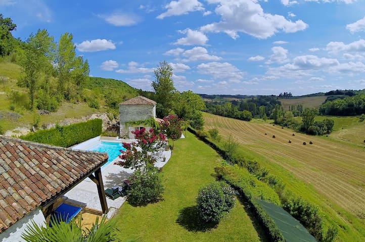 Beautiful Barn and Cottage with Heated Pool - Cauzac