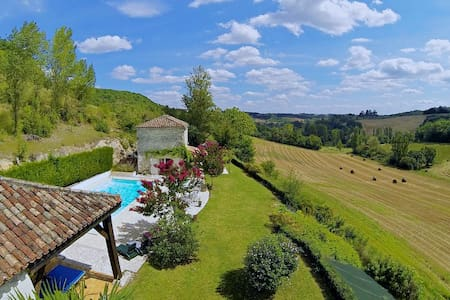 Beautiful Barn and Cottage with Heated Pool - Cauzac - Rumah