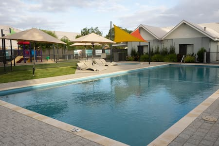 FortyOne -Oceanside Retreat Busselton -Resort Home