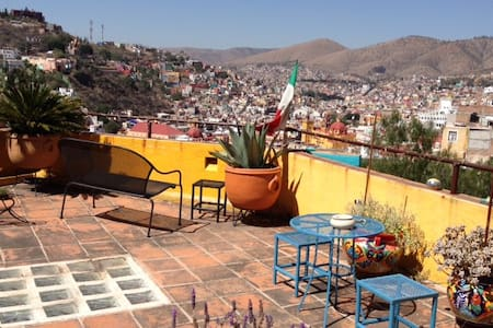 HOUSE OF THE WELL STUDIO APARTMENT! - Guanajuato