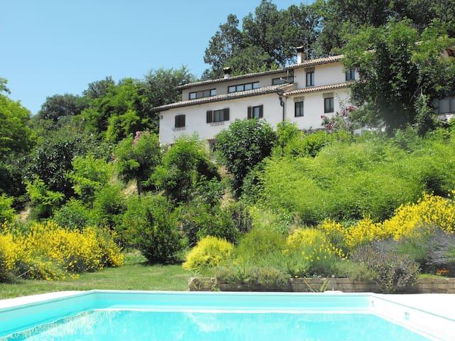 """Appartamento ad Urbino """"il Nido"""" - Urbino - Apartment"""