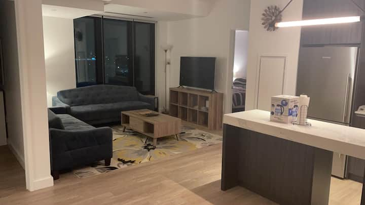 Luxury ocean 2br apt at Seaport Boston
