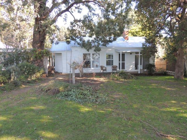 Heronswood Cottage - Metung - Dům