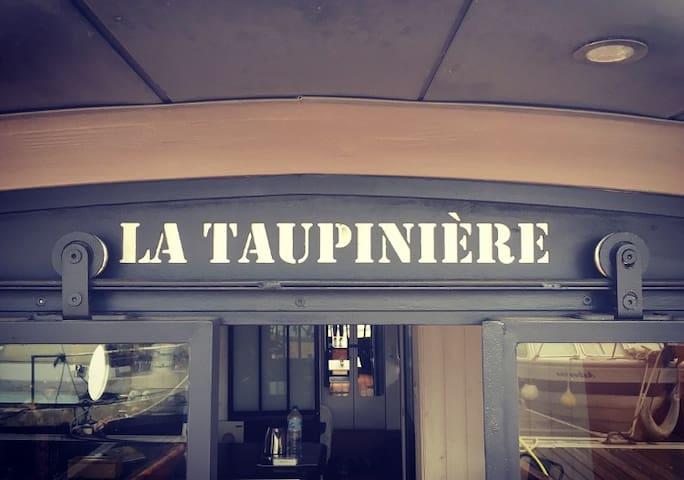 """Bateau atypique - """"La Taupinière"""""""
