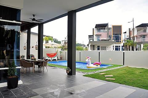 Private Pool Villa Near Kota Kinabalu City Area
