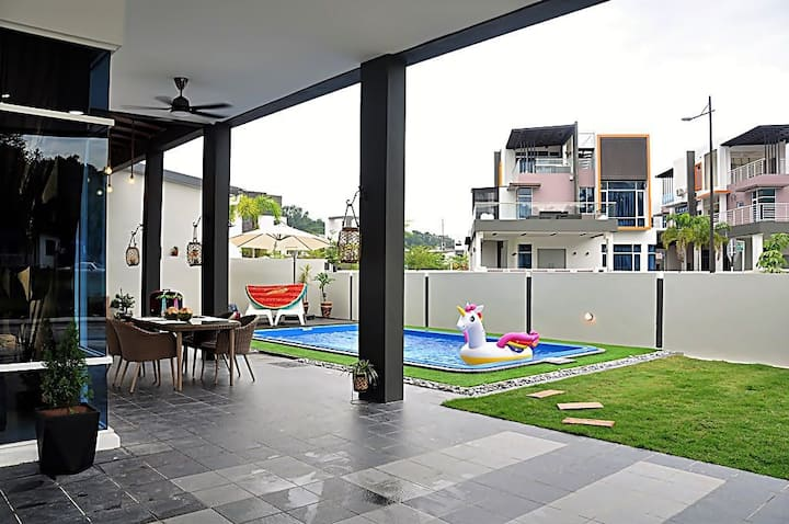 Private Pool Villa Near Kota Kinabalu City Area