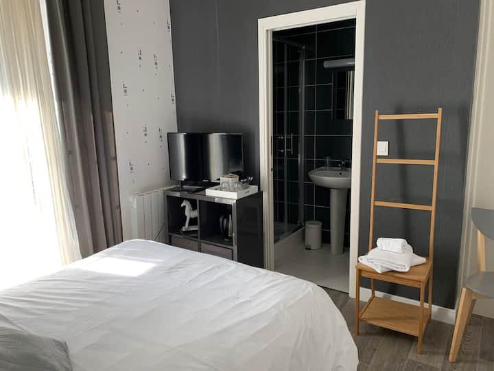 Hôtel Le Grillon à 9km du Mont-Saint-Michel 1