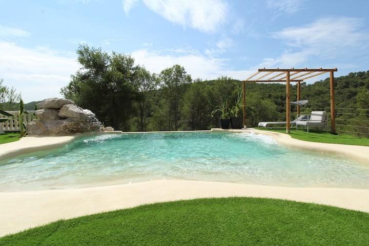 Villa Paradise , playa privada a 10 min de Sitges