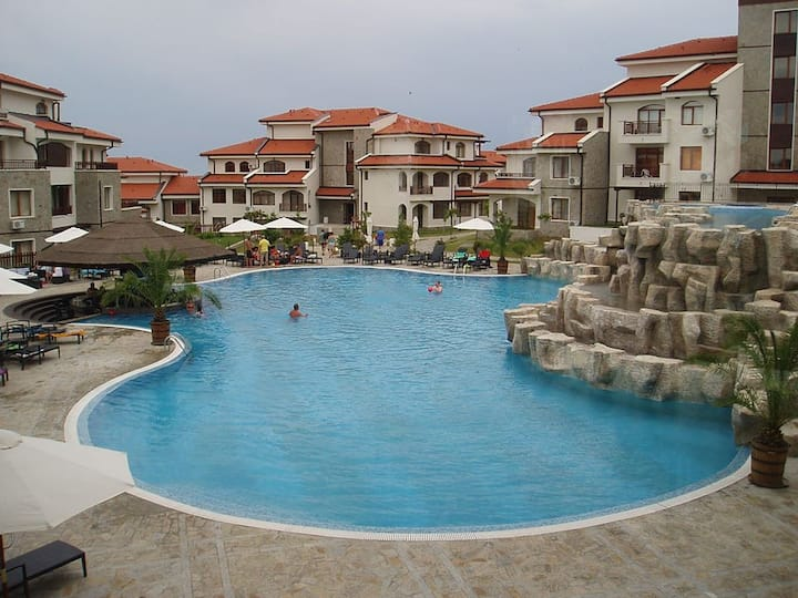 Large top floor apartment in Sunny Beach area