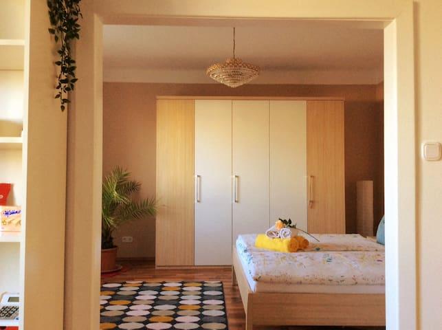 Gemütliches Schlafzimmer für schöne Träume