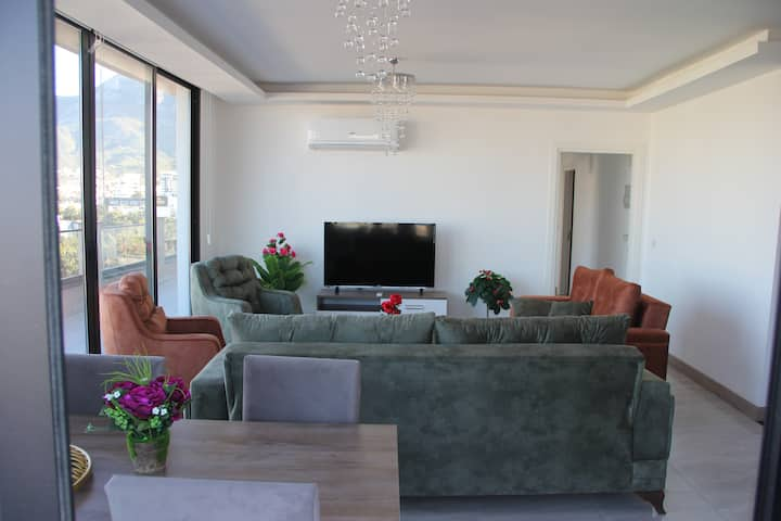 Okman Houses-30  Lux.Penthouse in central Kyrenia.