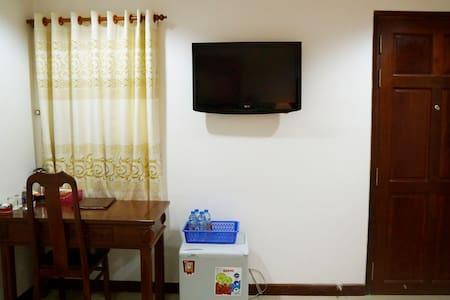 Superior Room w Aircon in City Center