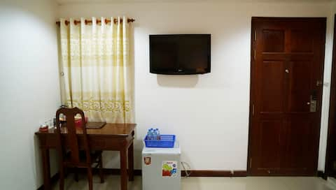Superior Room w Aircon in City Center