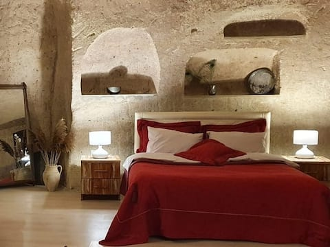 Cave Fire / Wake up to the magic of mystical caves