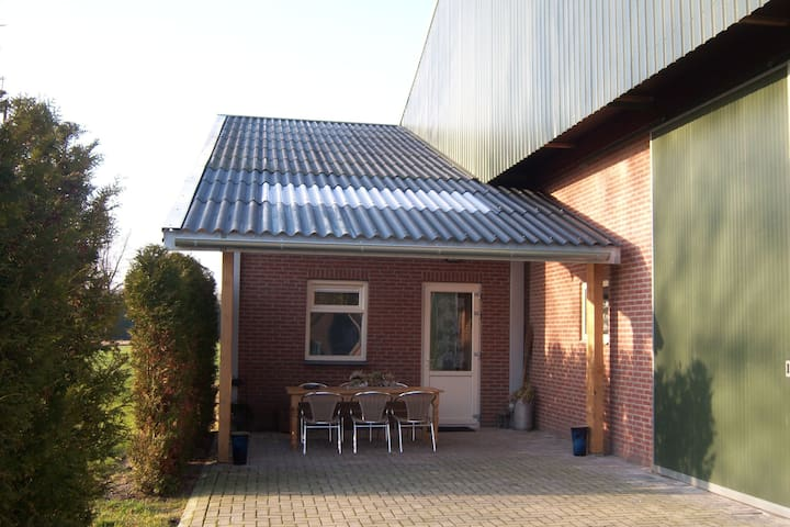 Rural, 90 sq metre house with all rooms on the ground floor, in a cycling region