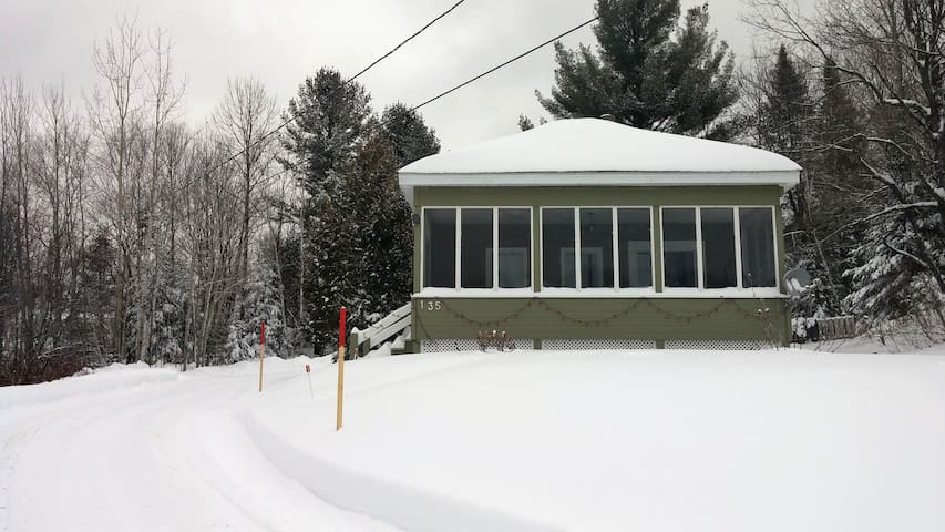 Country home in the Laurentian - Lac-des-Seize-Îles