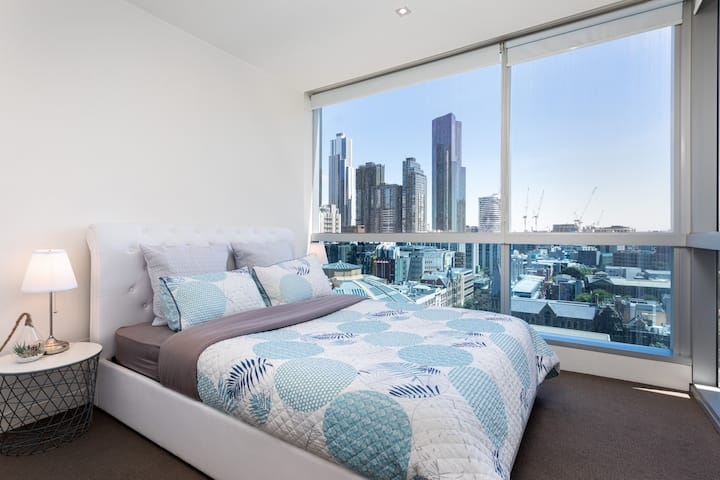 Perfect Apartment in Melbourne CBD: free parking