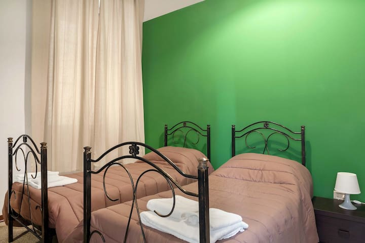 double green room, free parking